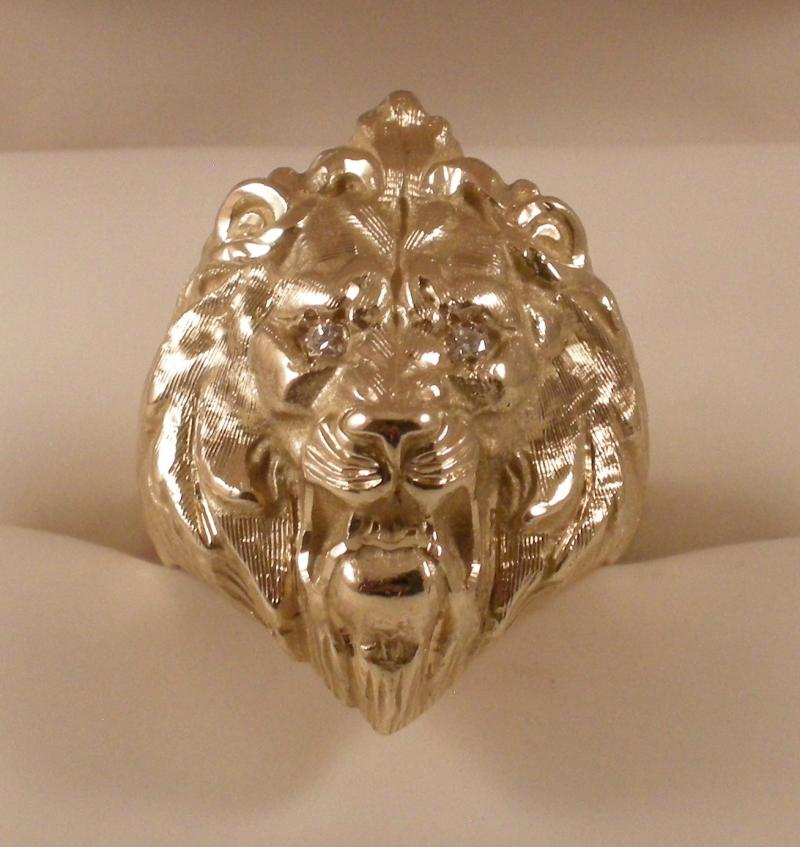 mens lions detail at yellow cfm diamond ring palmbeach head jewelry products men accent gold rings lion s